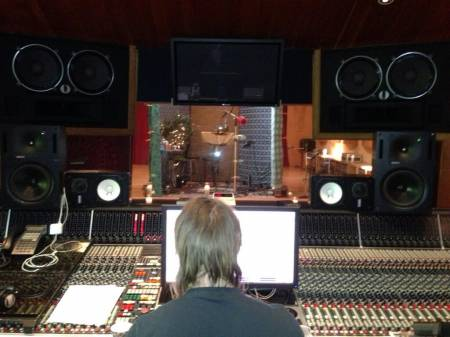 backstreet-boys-recording-with-max-martin(2)__oPt